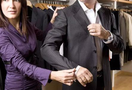 销售中女客户最喜欢听的16句赞美