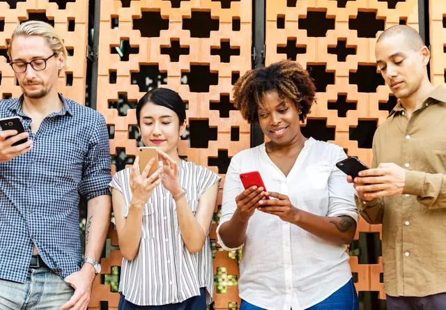 你的每个资讯内容消费行为,都在解构手机行业的当下和未来